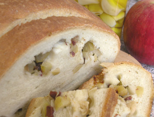 Garlic Bacon Apple Bread 1